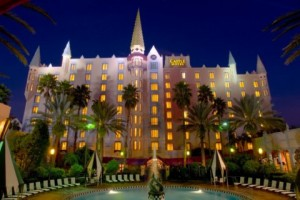 Orlando pet-friendly hotels include the Holiday Inn Resort Orlando-The Castle