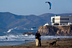 Trips with pets to San Francisco should include visiting pet-friendly Ocean Beach